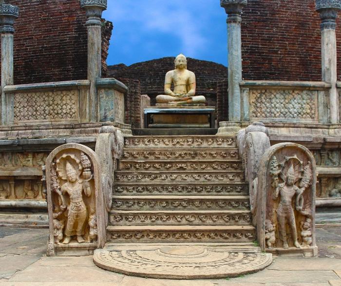 Buddha @ Polonnaruwa